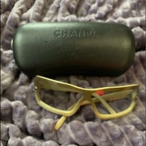 Chanel medium size sunglasses
